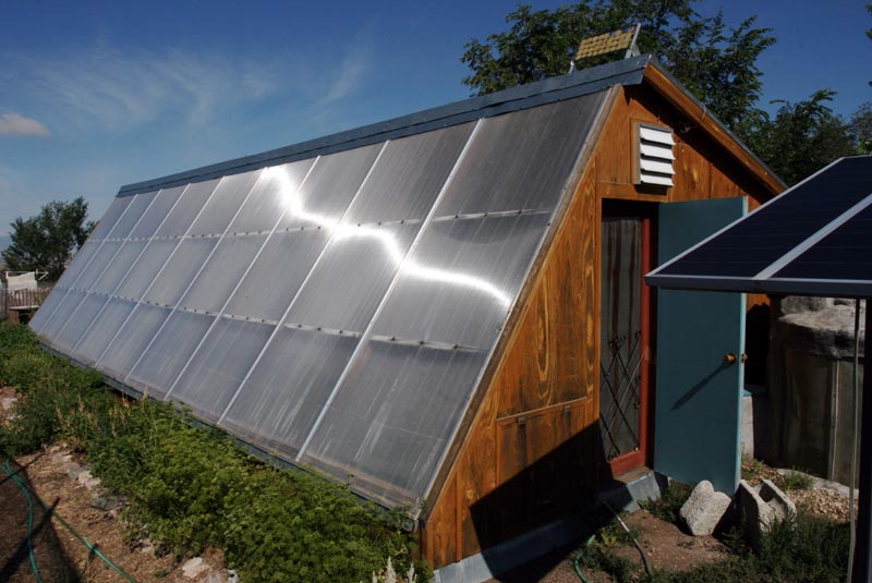 DIY Guide for a Pive Solar Greenhouse | The Prosumerist on pallet greenhouse plans, diy greenhouse plans, homemade greenhouse plans, pit greenhouse plans, in ground greenhouse plans, glass and wood greenhouse plans, greenhouse layout plans, greenhouse construction plans,